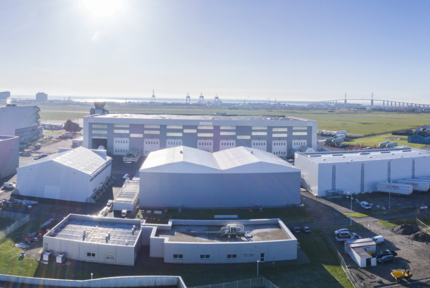 Photo aérienne drone de l'usine Airbus Saint-Nazaire - VJoncheray