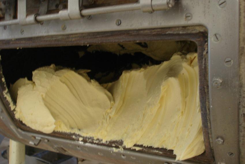 Fabrication du beurre Beillevaire